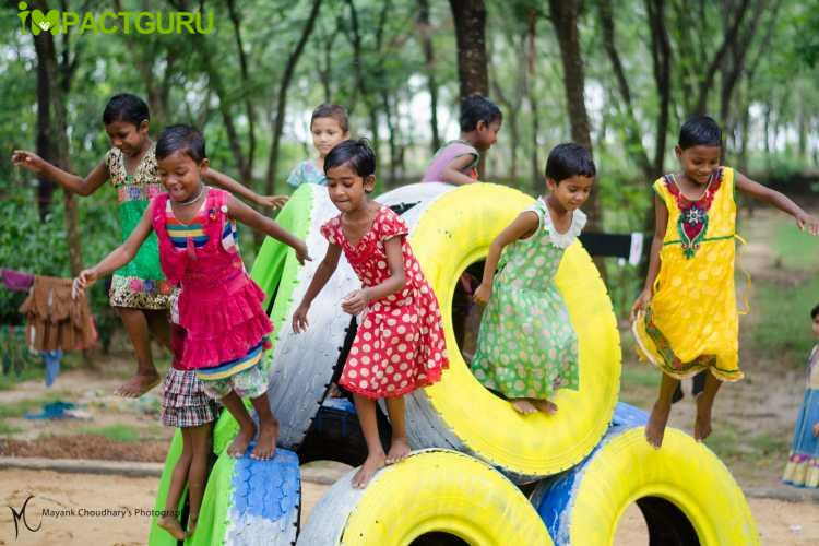 Using scrap tyres to create Playgrounds for children - story -2