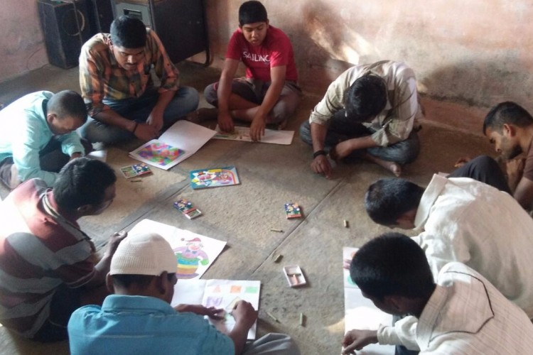 Aadhar magaswargya mahila sanstha, solapur