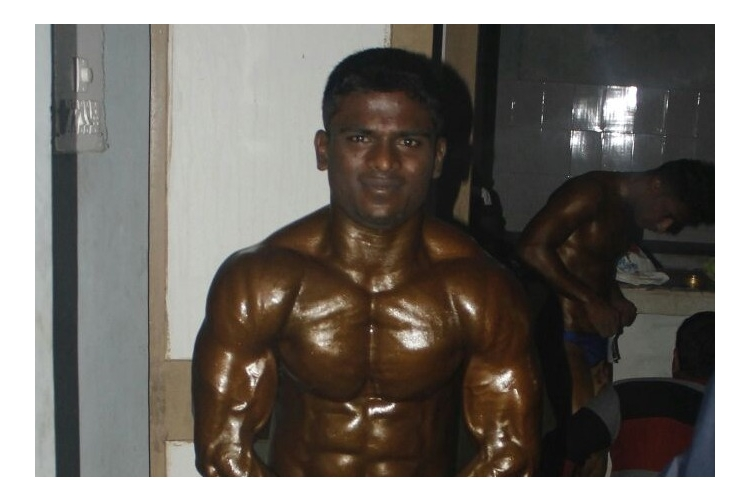 Help to raise fund for national level body building