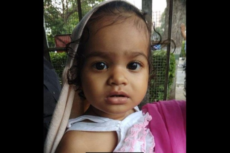 Help & Gift Shriyansi a new life who is fighting from Caner