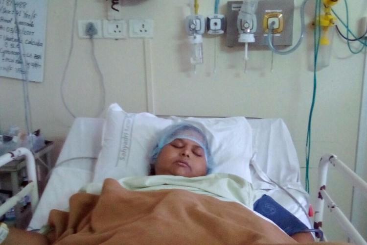 Please help fund Mrs Jabin Khan Kidney removal surgery Pune