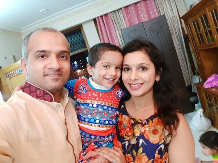 Kind strangers aid Varun to fund his wife Gunjan's cancer treatment
