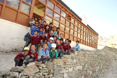 17000 ft Foundation is Changing Ladakh With Its Stories In Bhoti